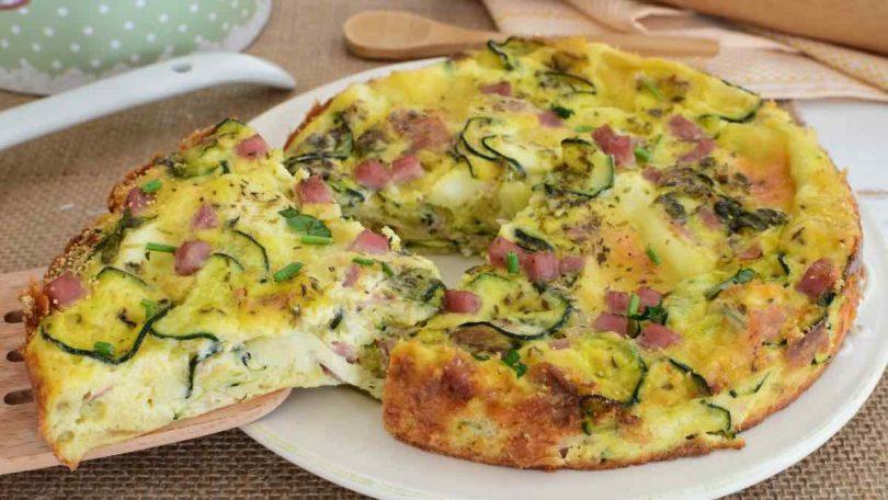 Omelette de courgettes farcies de jambon et de mozzarella