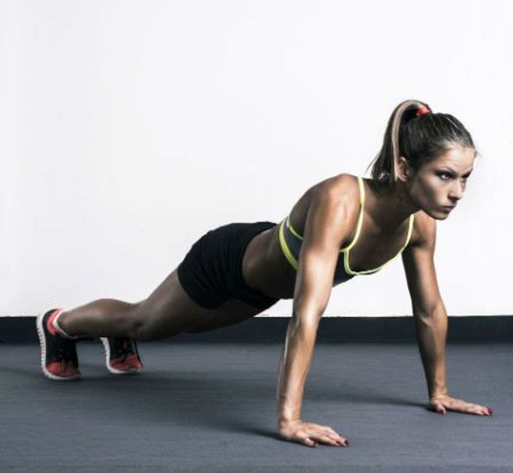 Exercices isométriques pour modeler le corps en moins d'un mois