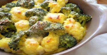 Gratin de chou-fleur et brocoli sauce béchamel au curcuma