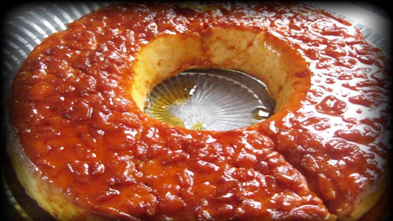 Gâteau de riz au caramel et vanille à l'ancienne